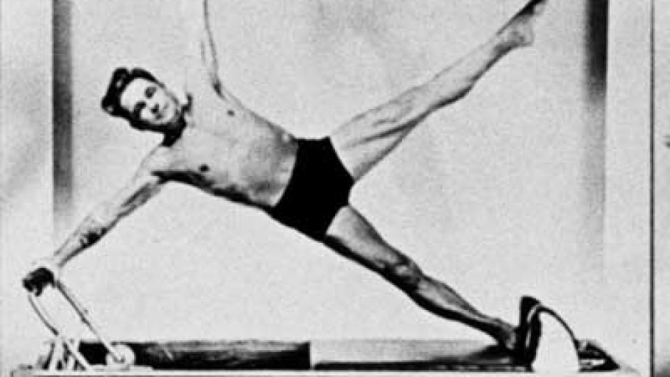 O atributo alt desta imagem está vazio. O nome do arquivo é Joseph-Pilates-Equipamento.jpg